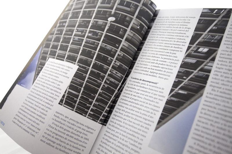 Mar Crítica - Pàgines interiors -  FabrikaGrafika Diseño Editorial